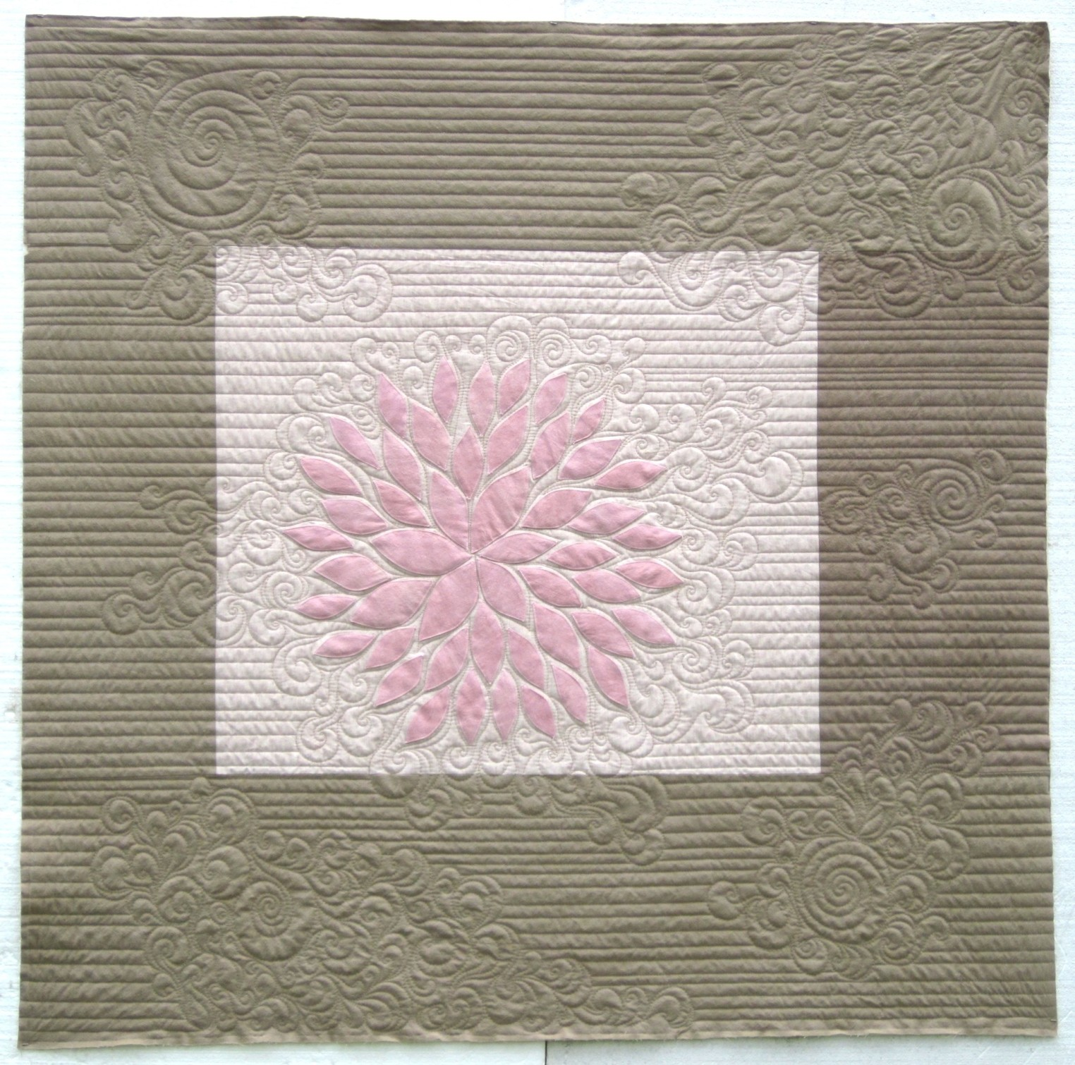 Leah_Weinstein_art_quilts_DreamingWaking