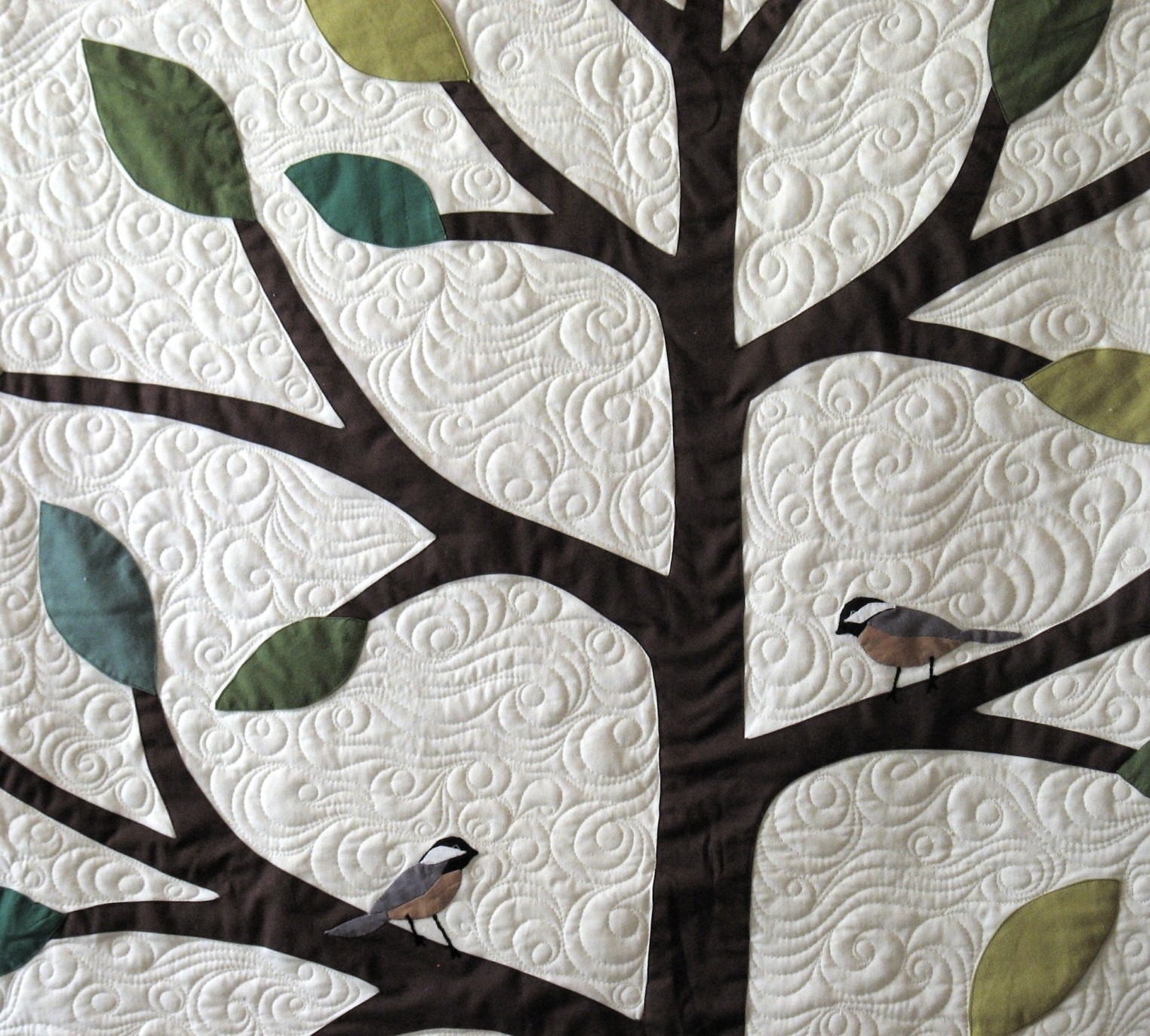 Leah_Weinstein_art_quilts_TreeofLifewithChickadees